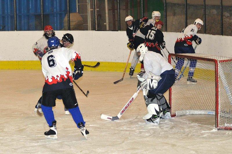 hokej-100203-015