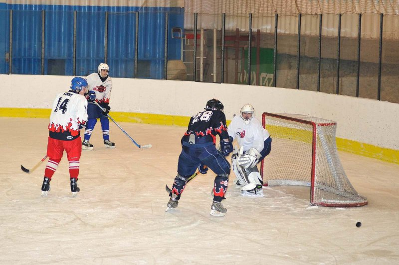 hokej-100203-020