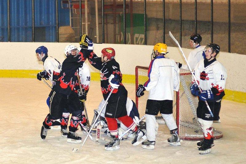 hokej-100203-024